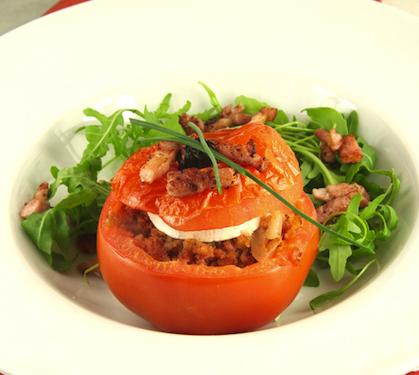 tomates_farcis_au_checvre_et_lardons